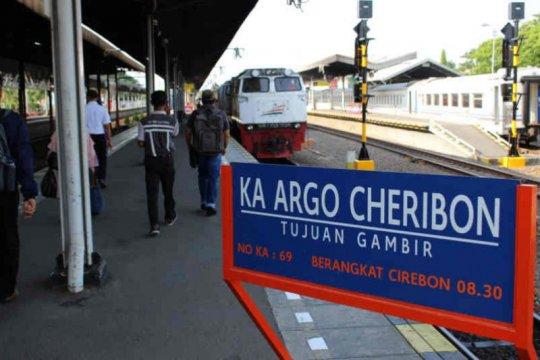 Sejumlah perjalanan KA Argo Cheribon dibatalkan antisipasi COVID-19