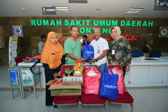 Pupuk Kaltim berikan bantuan APD dan makanan untuk petugas medis