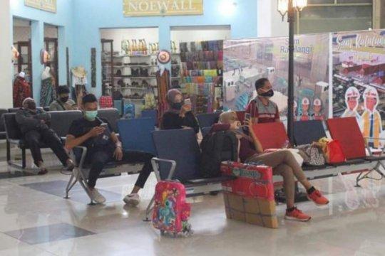 """Bandara Sam Ratulangi Manado mulai terapkan """"social distancing"""""""