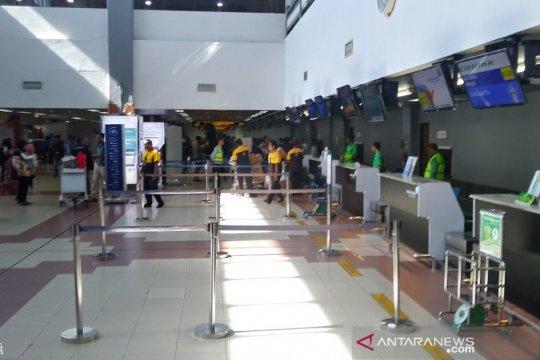 Sebanyak 21 penerbangan dibatalkan di bandara Minangkabau