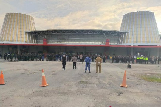 Isu massa tutup bandara Wamena, 10 peleton TNI/Polri disiagakan