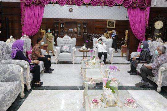 Pemkot Surabaya bantu kebutuhan medis Perdatin dan Perdici