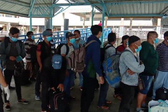 Pulang dari Malaysia, 81 warga Bengkalis-Riau di karantina