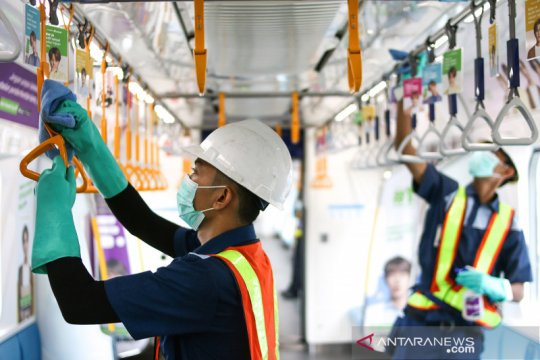 Angkutan umum di DKI dinilai berhasil terapkan jarak sosial
