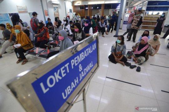 Puluhan ribu penumpang KA di Surabaya terkonfirmasi batalkan tiket