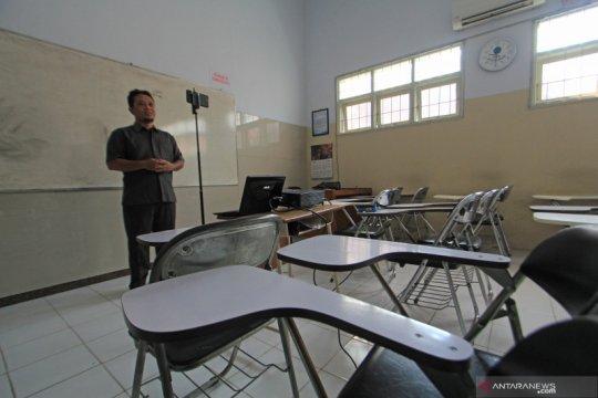 Kemendikbud minta kampus bantu pulsa mahasiswa dan dosen