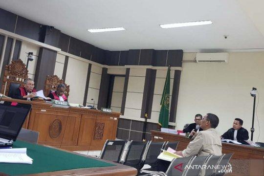 Bupati Tamzil minta hakim membebaskannya dari seluruh dakwaan