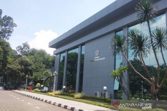 Kantor DPRD Kabupaten Bogor tetap buka