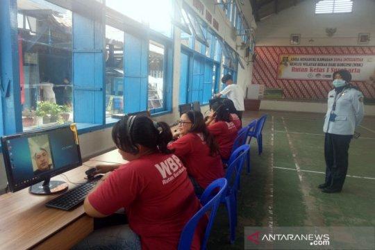 """Rumah Tahanan Surakarta fasilitasi warga binaan """"video call"""""""