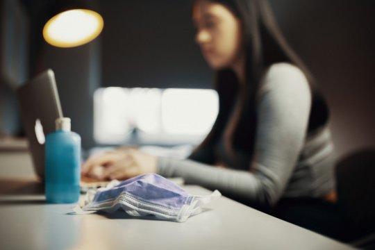 Asosiasi sarankan perusahaan e-commerce potong gaji ketimbang PHK