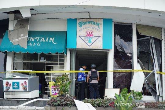 Setelah ledakan, polisi tutup sementara Plaza Ramayana Medan