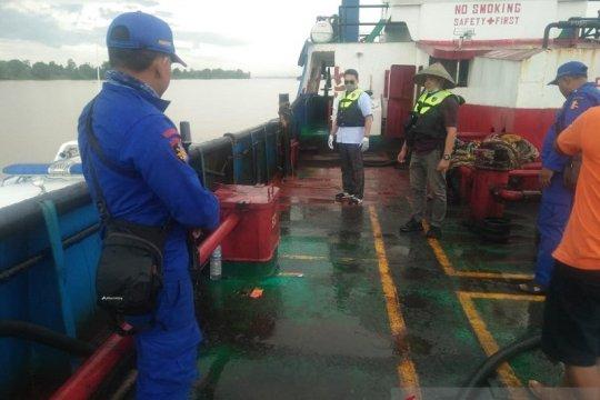 Korpolairud Baharkam Polri amankan tanker pengangkut BBM ilegal