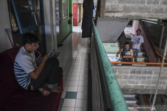 aktivitas warga ibukota saat pemberlakukan Jarak Sosial