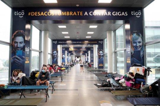Kolombia batasi penerbangan rute Brazil karena varian baru COVID