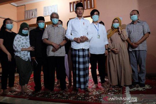 Ibunda Jokowi akan dimakamkan di pemakaman keluarga Kamis siang