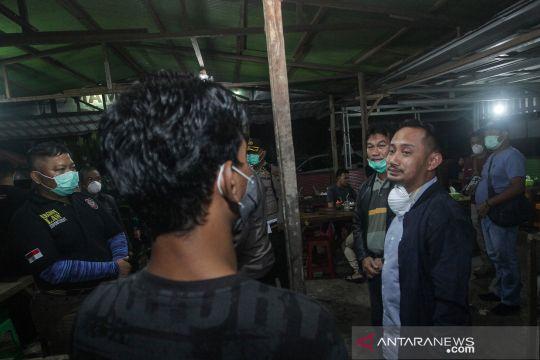 Wali Kota Palangkaraya razia warga yang berkumpul dalam keramaian