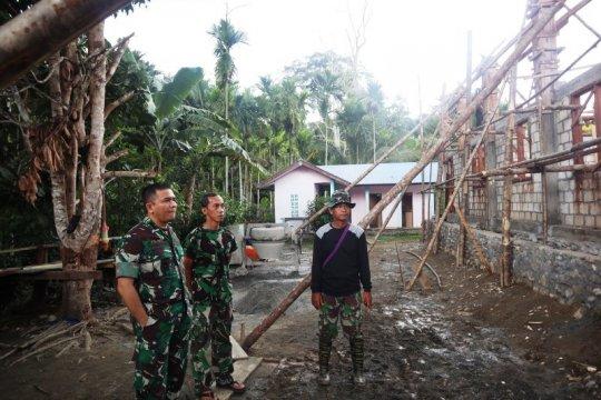 Dandim Jayapura tinjau pelaksanaan TMMD di Kampung Kibay