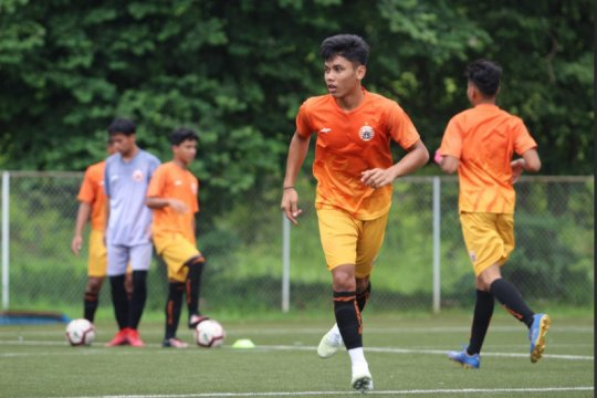 Pemain muda Persija doakan Gong Oh-Kyun sembuh dari COVID-19