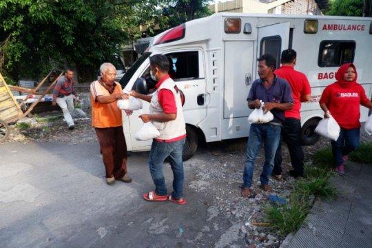 Baguna PDIP Jatim bagikan seribu paket rempah-rempah cegah COVID-19