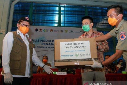 Dua ton alat kesehatan bantuan China ke Indonesia dikirim via laut