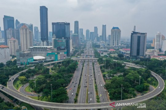 """""""Long weekend"""", lalin jalan protokol di Jakarta ramai lancar"""