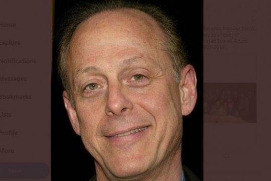 Aktor Mark Blum meninggal dunia karena corona