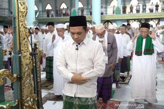 Masjid di Lumajang-Jember terapkan 'jarak antarjamaah' shalat Jumat