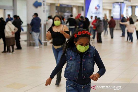 Krisis COVID-19, Ekuador angkut 100 jenazah dari rumah warga