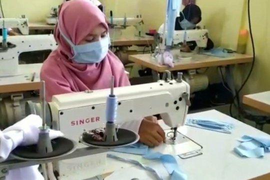 150 masker per hari diproduksi BLK Barito Kuala untuk dibagikan gratis