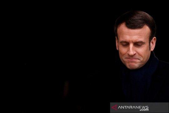 Macron akan 'reshuffle' kabinet, PM Prancis mundur