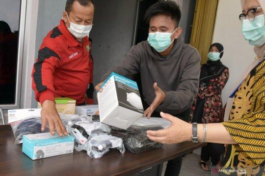 """Bantuan 8.500 APD dan 4.800 """"rapid test"""" Kemenkes diterima Riau"""