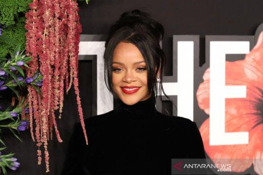 Rihanna kembali bernyanyi lewat kolaborasi dengan PartyNextDoor