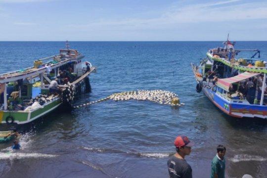 Nelayan Minahasa Tenggara tetap melaut di tengah pandemi COVID-19