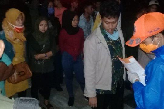 Pemerintah Kabupaten Agam periksa penumpang bus dari luar Sumbar