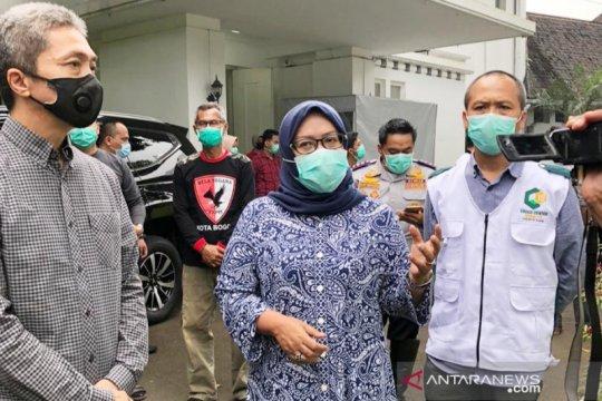 Dua kepala daerah Bogor desak Anies Baswedan karantina wilayah DKI