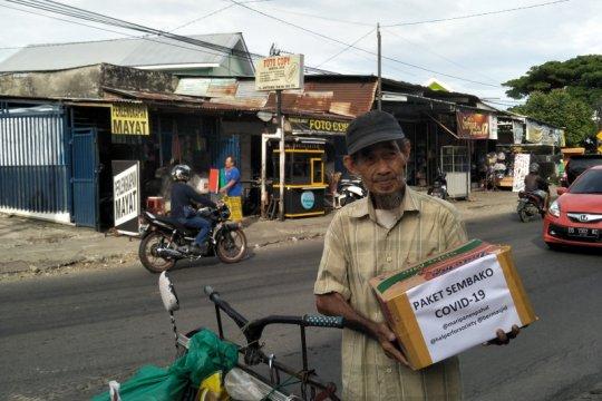 """Paket sedekah warga Makassar terdampak COVID-19 disalurkan """"startup"""""""