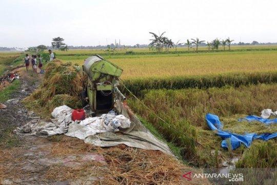4 buruh tani di Demak meninggal akibat tersambar petir