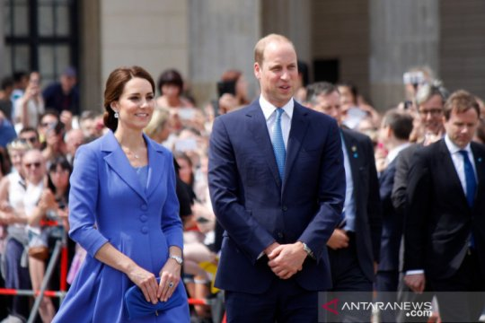 Pangeran William, Kate beri kejutan anak-anak sekolah lewat video