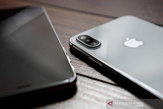 Apple dituduh edarkan lagu bajakan via iTunes