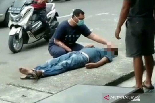 Diduga serangan jantung, warga Meulaboh meninggal di pinggir jalan