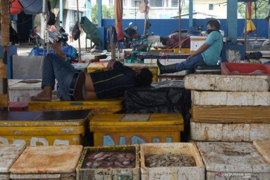 Kemarin, wacana karantina hingga pengecer ikan di Jakarta