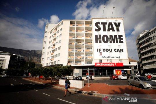 """Afrika Selatan perpanjang """"lockdown"""" selama dua pekan"""