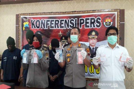 Polres Temanggung tahan tiga pembuat dan pengedar uang palsu