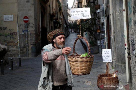 Gotong royong warga Italia saat wabah COVID-19