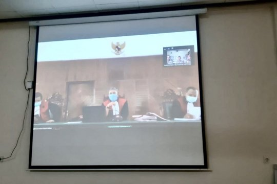 Physical distancing, pembalak liar disidang dengan konferensi video