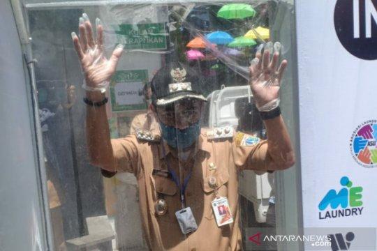 Dua Puskesmas Jakarta Pusat terima bantuan bilik disinfektan