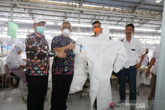 Pabrik garmen di Probolinggo buat APD berstandar WHO