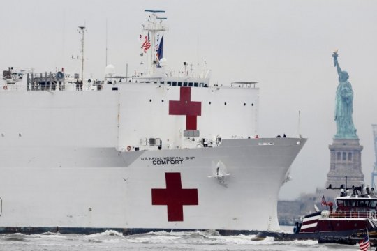 Sejumlah pasien kapal rumah sakit militer AS terbukti positif corona