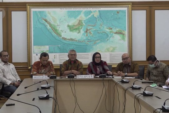 KPU hormati putusan DKPP berhentikan Evi Novida Ginting