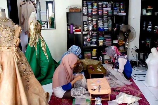 Puluhan acara pernikahan di Cirebon terancam batal